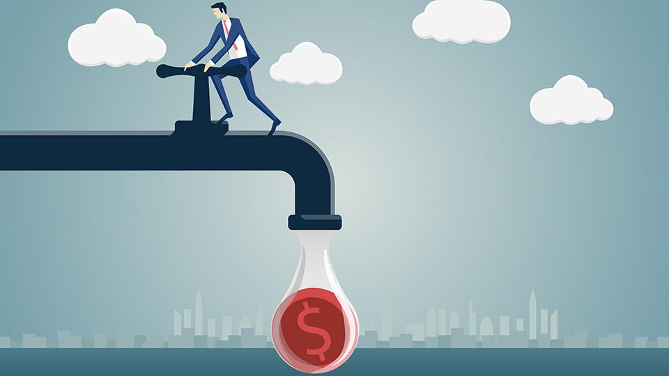 From employee to sole trader: Cash flow impact from different tax timing