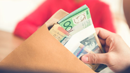 Law to ban cash purchases over $10,000 axed